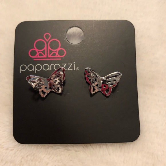 Paparazzi Flutter fantasy silver post earrings